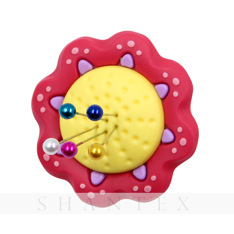 Hot Selling Rubber Household Flower Pin Cushion Ring Wearable Needle Sewing Quilting Holder